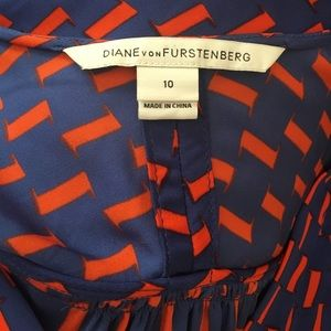 Diane Von Furstenberg Tops - Diane Von Furstenberg blue orange silk  tunic top